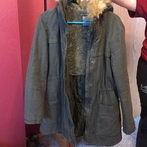 Levi green long utility jacket with faux fur hood
